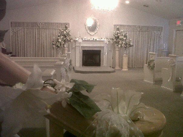 The little wedding chapel wishing well weddings the little wedding chapel junglespirit Images